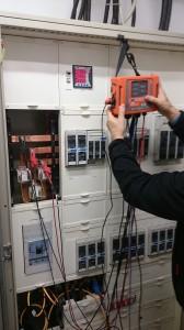 Montaż miernika jakości energii