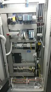 rozdzielnia elektryczna ze sterowaniem